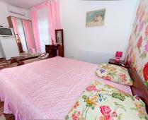 Номера гостиницы в Феодосии на улице Федько - фотография № 7