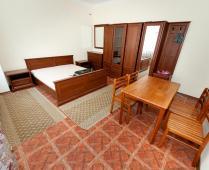 Эллинг в Феодосии на самом берегу моря, первая линия - фотография № 8