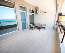 Эллинг в Феодосии на самом берегу моря, первая линия - фотография № 7