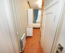 Однокомнатный номер на 2 этаже в классическом стиле в Феодосии - фотография № 8