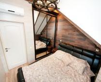 2-х уровневый номер на втором этаже в Феодосии - фотография № 4