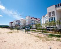 Жилой комплекс на Черноморской набережной в Феодосии - фотография № 3