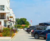 Территория жилого комплекса на берегу мора в Феодосии, где расположена квартира - фотография № 16