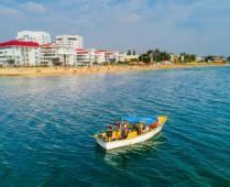 Ближайший пляж и жилой комплекс, где расположена квартира - фотография № 2