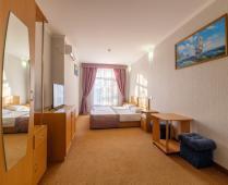 Отель в Феодосии на Бульварной горке, улица Пушкина - фотография № 5