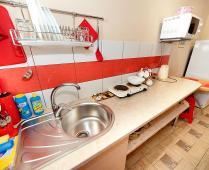 Отель в Феодосии с кухней в номерах, улица Богдановой - фотография № 2